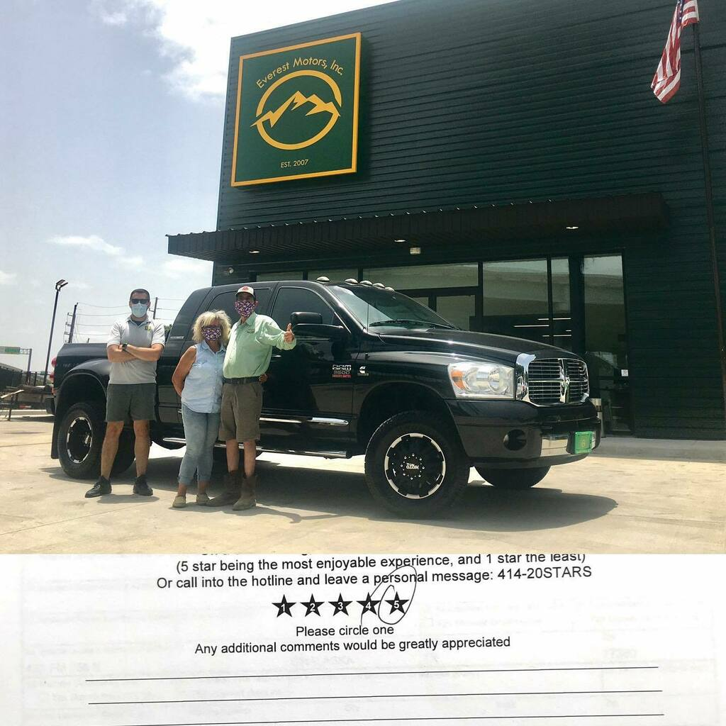 Delivered and headed to Onalaska, TX. Thank you guys for purchasing this nice 2007 Dodge Ram 3500 Mega Cab 4x4 Laramie Dually 6.7L Cummins Diesel and welcome to Everest Motors family. https://ift.tt/2I7w8iQ  #everestmotors #houstontx #onalaskatx #blackt… https://instagr.am/p/CCXh58OBr20/ pic.twitter.com/mkua7U8d16