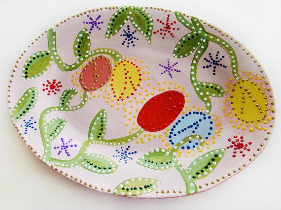 Paper Mache Platter, Handpainted http://tinyurl.com/v6uffrq via @EtsySocial #handmadegifts #etsyfinds #papermachedishes #largeplatterspic.twitter.com/NRE1smJgKM