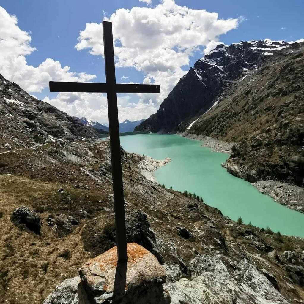 @babyjane_87   #bastapoco #bastavolerlo #trekking #mountains #lake #campomoro #diga #rifugiozoia #valmalenco #nofilter . . . #blue #healthylifestyle #sport #goodvibes #sportlife #picoftheday #lombardia #sporty #loveit #bestgram #travelpics #girl … https://instagr.am/p/CCXskM6InSF/pic.twitter.com/Rb6xyfJRLg