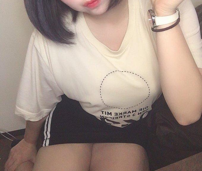 グラビアアイドル上田ミルキィのTwitter自撮りエロ画像41