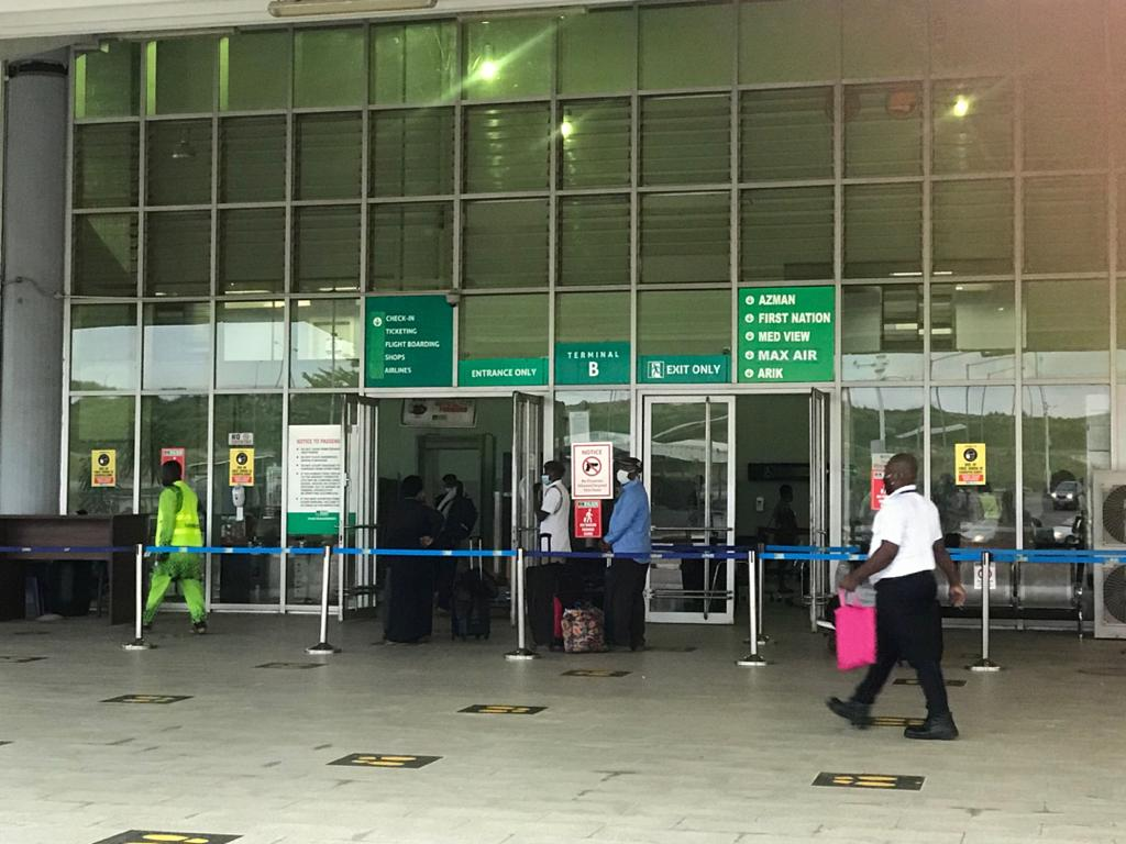 #DomesticFlightResumption:  - Passenger screening ongoing at the local wing of the Nnamdi Azikiwe International airport.   - Airpeace has arrived Abuja from Lagos and will be leaving back to Lagos at 8:35am.   - Arik to leave for Lagos at 9:15am   - The passenger turnout is low https://t.co/TBfRlHzrz6