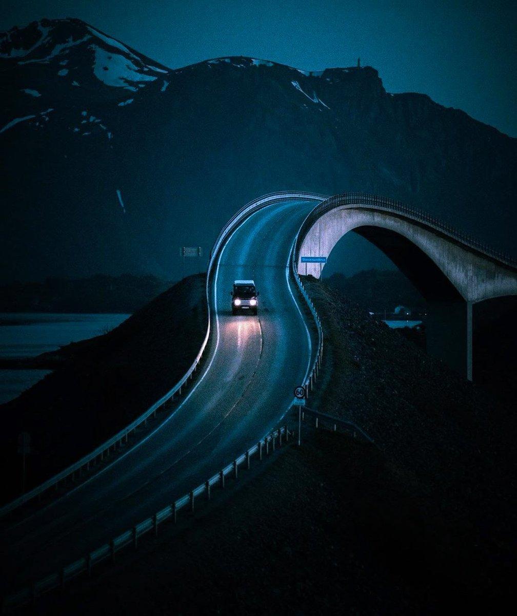 #beautiful #norway  via: eventyr.pic.twitter.com/zWvsnHspLG