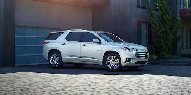 With ample seating for up to 8 people, the 2020 #Chevy #Traverse is the perfect vehicle for taking along friends and family for a journey of a lifetime! #ChevyTraverse #ChevyLife #ChevyUSA #ChevyMotorspic.twitter.com/poGiIIIOcI