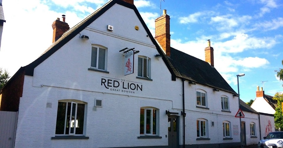 The Red Lion pub in Great Bowden is to reopen, three years after it shut prompting a major campaign by villagers - more on Hfm News & here:   #harborough