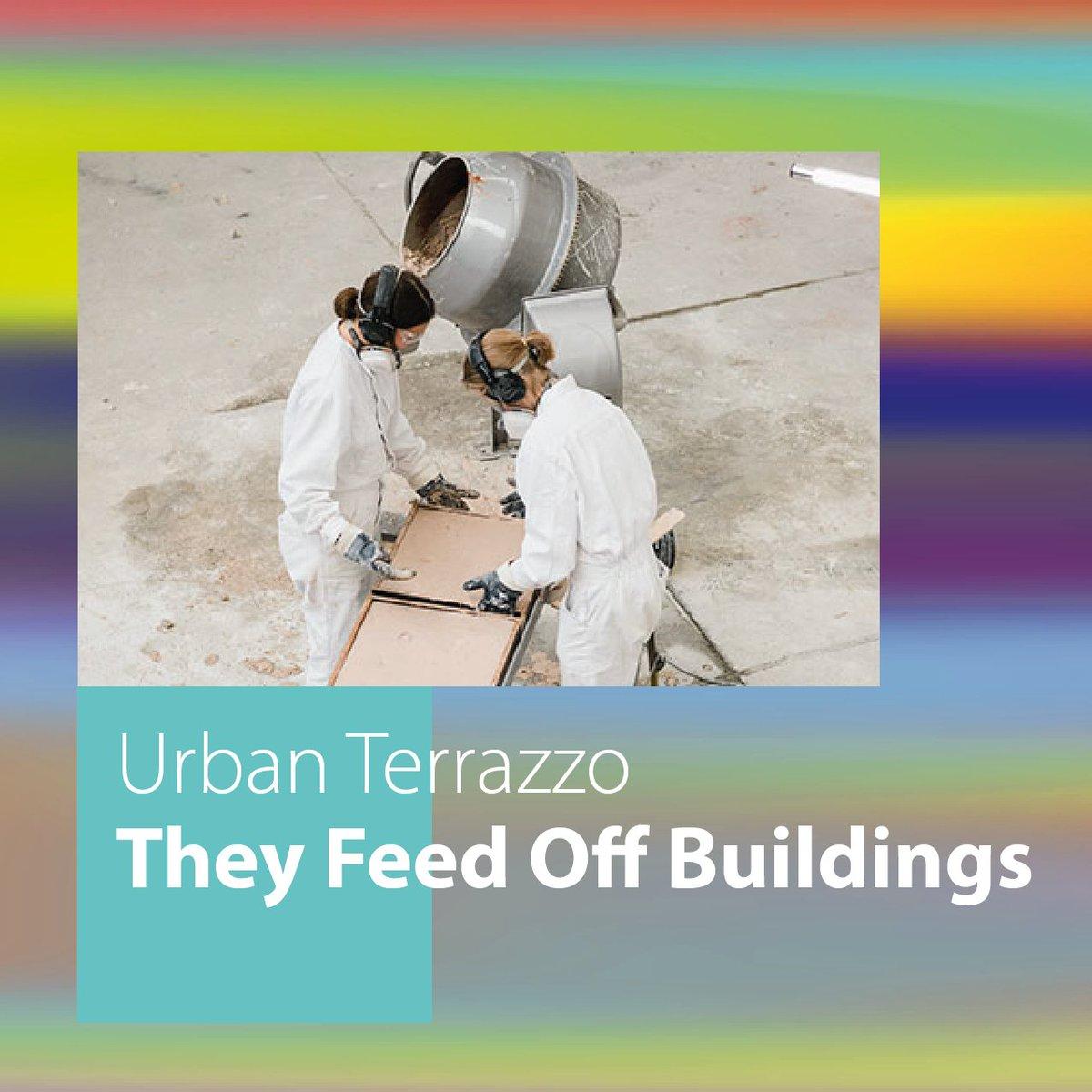 Unser Aussteller Urban Terrazzo wandelt alten Bauschutt in ein neues Oberflächenmaterial um: Beton, Ziegel und andere Baustoffe werden nach den Prinzipien der traditionellen Terrazzo-Kunst und mithilfe moderner Technologie, veredelt. Sieh selbst und #rauschvorbei #oekorauschpic.twitter.com/zIWqB3Q5IJ