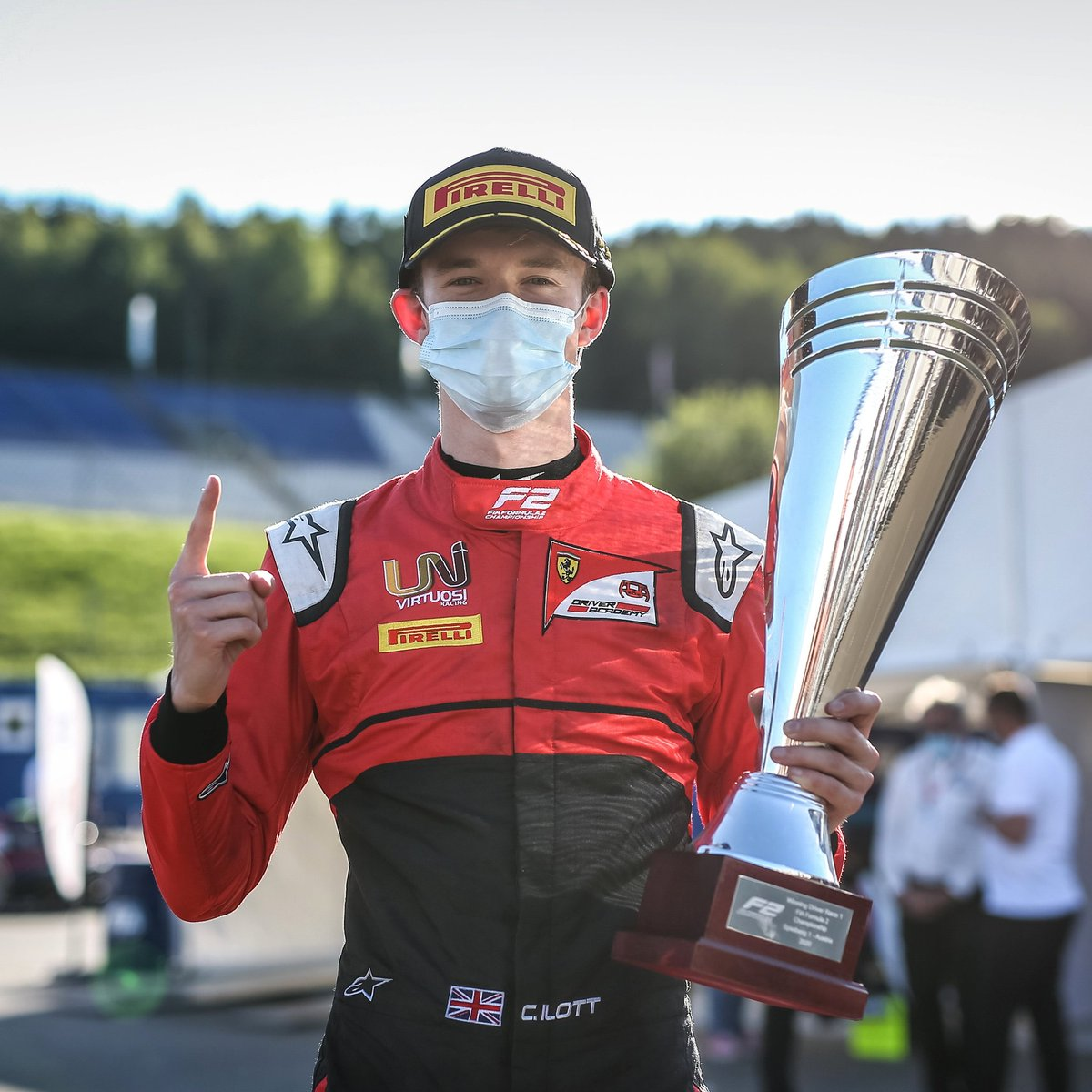 Can @callum_ilott keep his championship lead after this weekend's @FIA_F2 double-header?    We can see Ilott coming away from the Styrian race weekend with a smile so large we can see it despite the mask.    📷 Dutch Photo Agency #StyrianGP https://t.co/E9kstShpef