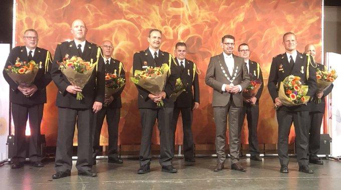 Koninklijke onderscheidingen voor Lierse brandweervrijwilligers https://t.co/bYYsmJPR8G https://t.co/TUVo3Njart