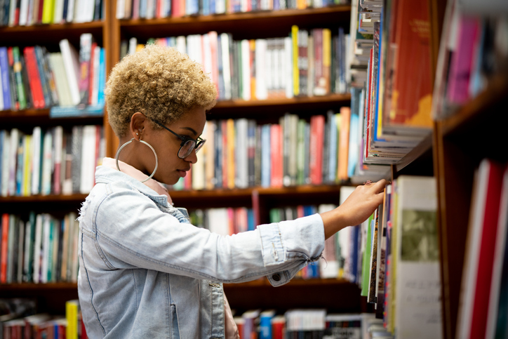"""""""As things stand, we have to advise librarians against collecting personal information as part of contact tracing unless they are satisfied that our safety and privacy criteria have been met"""", @CILIPinfo warns libraries over contact tracing: bit.ly/3gDNL7U"""
