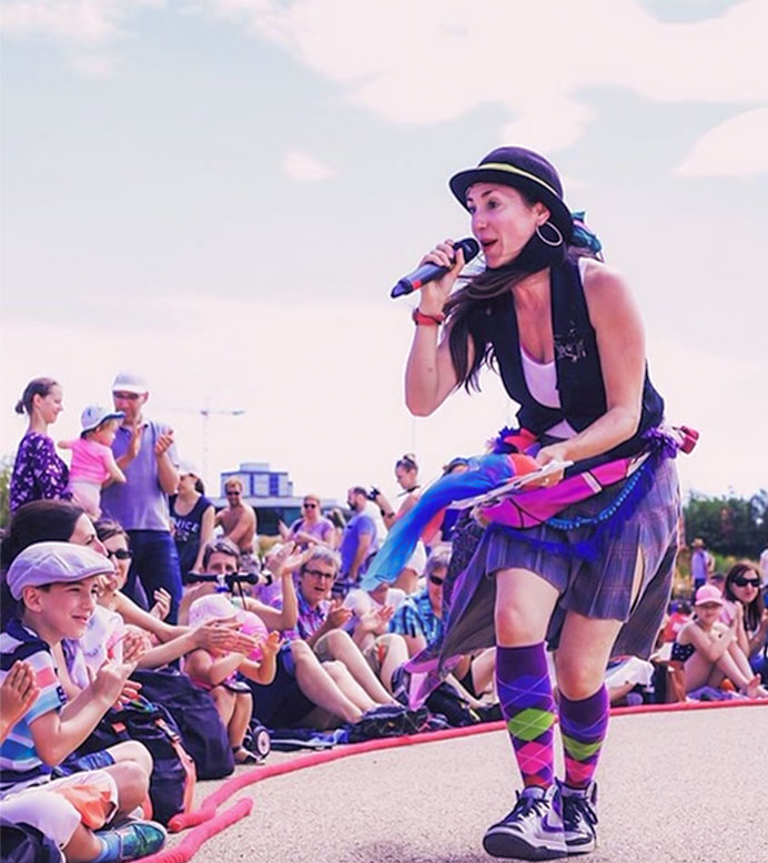 Join @Live_Art_Local & Natasha Khamjani for a @FolkDanceRemixd workshop featuring their fusion of folk and street dance styles. FREE session on 5th August (Zoom), anyone welcome including families.  http://liveartlocal.co.uk/folk-dance-remixed-battle/ …  #folkdance #streetdance #familyactivity #virtualsessionpic.twitter.com/SAAGdCR87q
