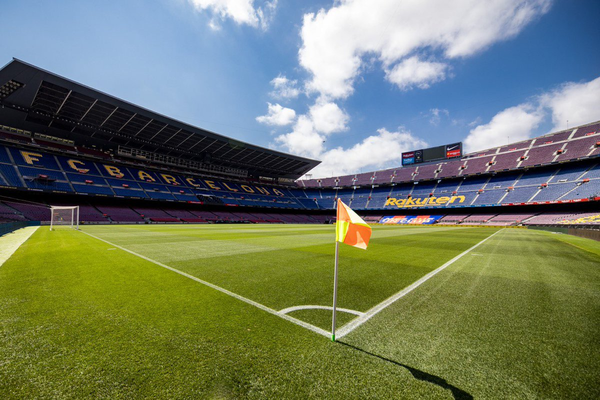 😍 Camp Nou 🏠