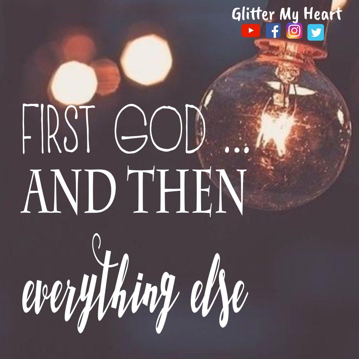 #God #peace #faith #love #eternallove #ok #Bible #bibleverse #christianlife #christian #bibleverseoftheday #Jesuschrist #wordofGod #followhim #heisfaithful #devotional #glitter #glittermyheart #glittermyheartchallenge #youtuber