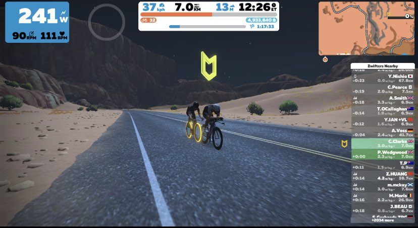 "An #OMG it's early social distance ""90 min hump ride"" on #zwift . #StaySafe #triathlon #Training #enginebuilding pic.twitter.com/Ty2ruOfzH2"