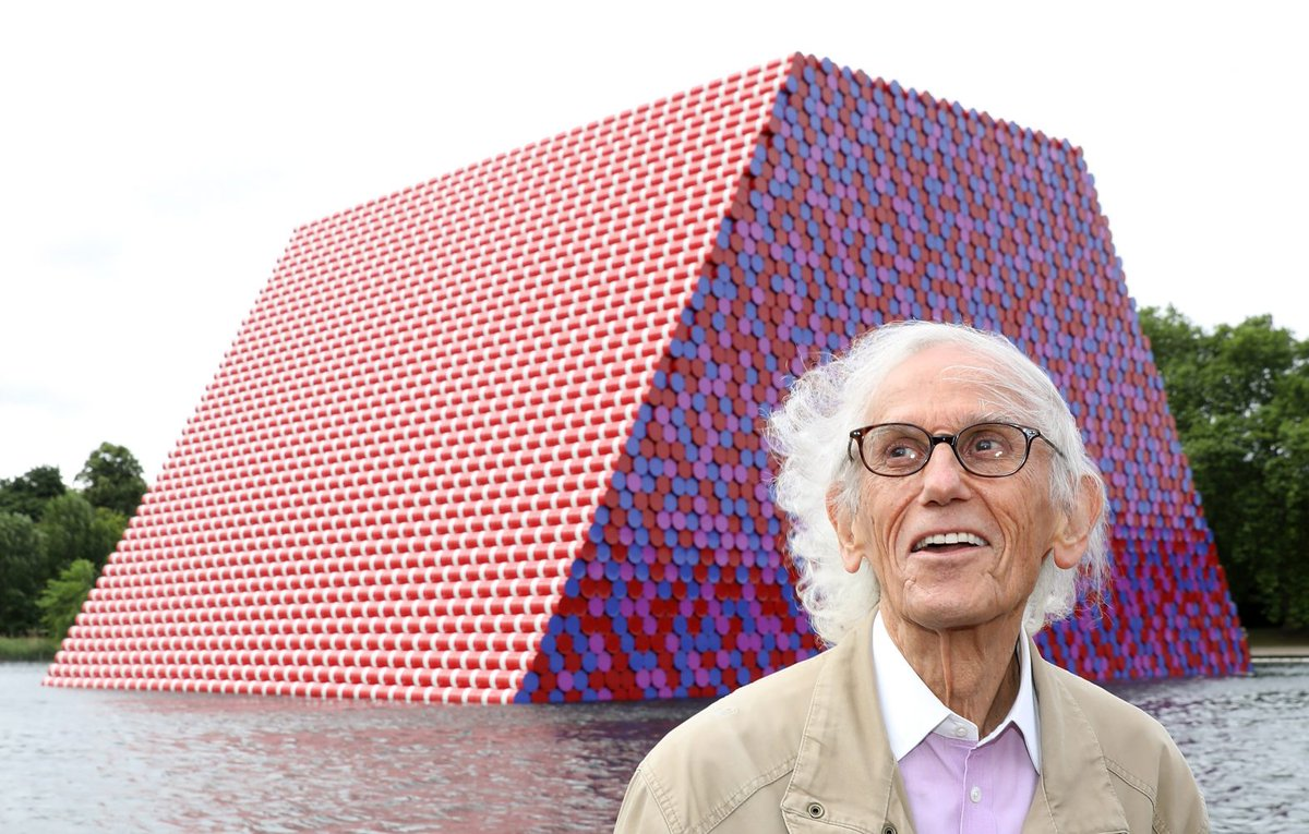 Launching today! Serpentine and Acute Art present Christo and Jeanne-Claude's London Mastaba in Augmented Reality (AR). To view the virtual London Mastaba download the free app and visit The Serpentine Lake, Hyde Park https://t.co/SfTyhuWmT2 #Christo @AcuteArt https://t.co/zWL4BCJaN5