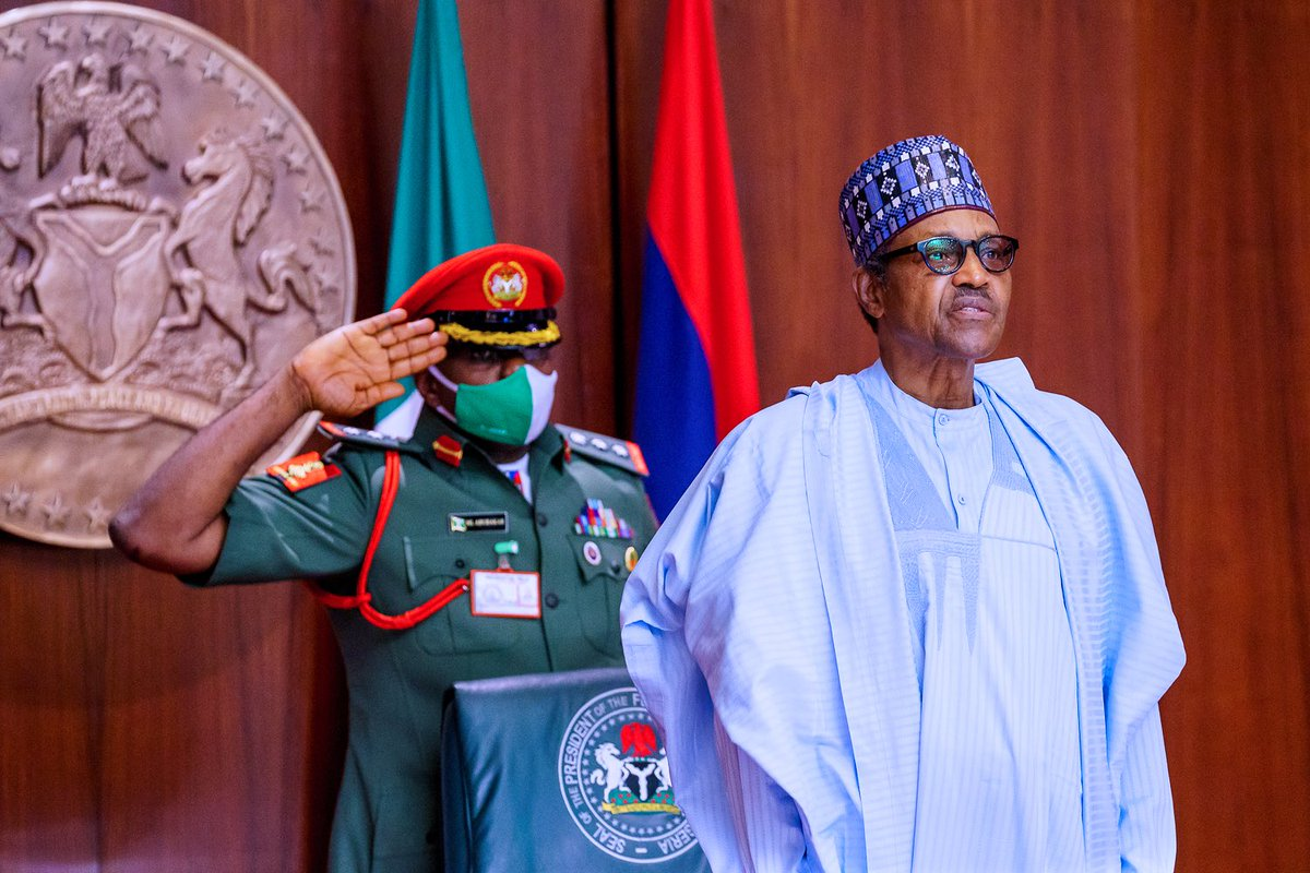 PHOTOS: President @MBuhari presides over the weekly virtual Federal Executive Council (FEC) Meeting, at the Council Chambers, State House, Abuja. https://t.co/ZAh8WsHUoI