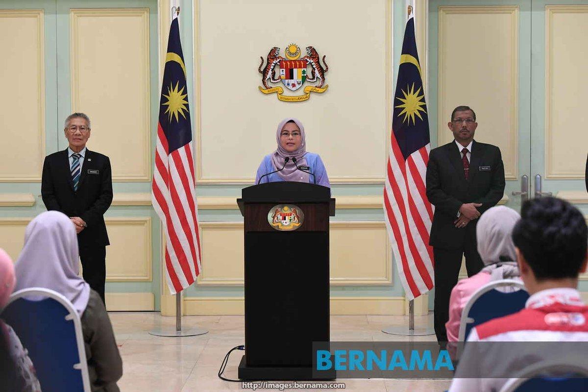 11,000 pelajar antarabangsa mohon kembali ke Malaysia - Noraini   https://t.co/OjNqj1jlXO https://t.co/2vDUXUFuXw