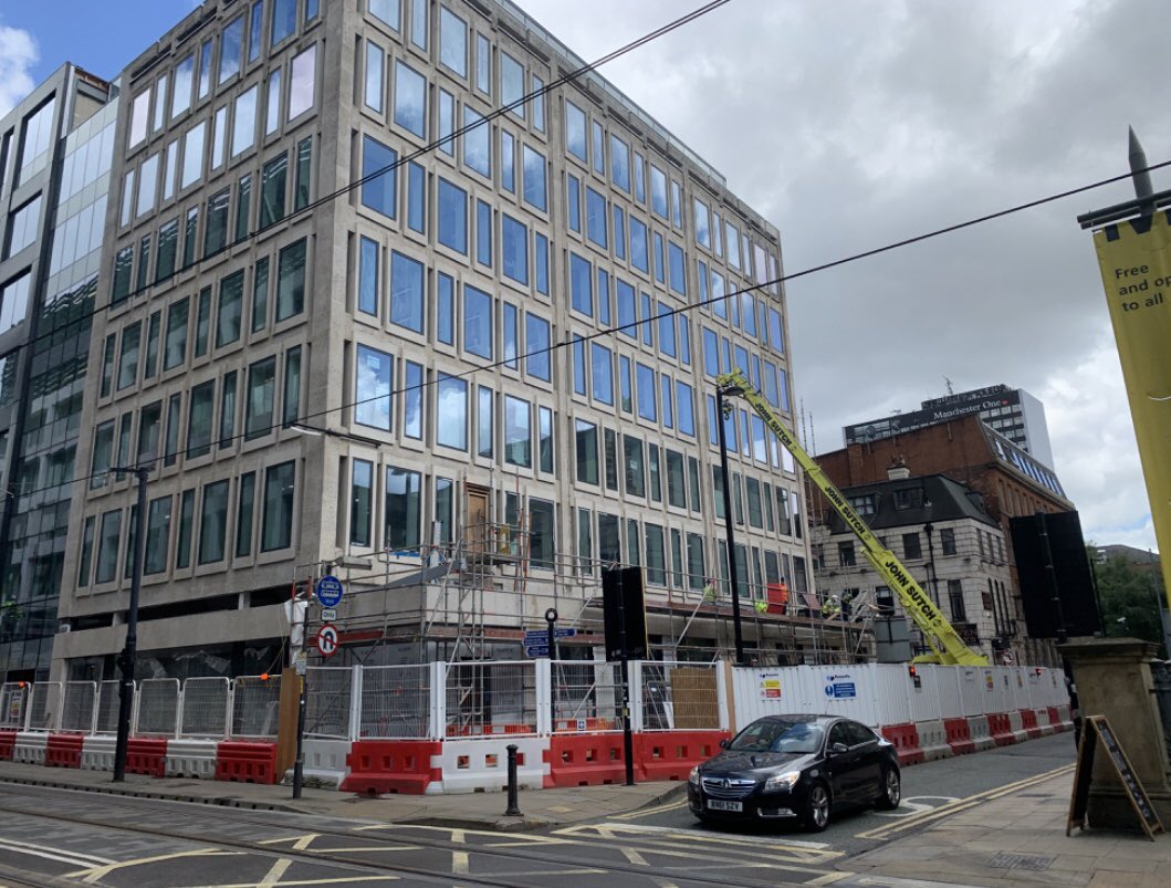 We are delighted to see the progress being made on the Hyphen building in Manchester. The steelwork is now being installed to the new external terrace. #OBIdifference #Manchester #Property