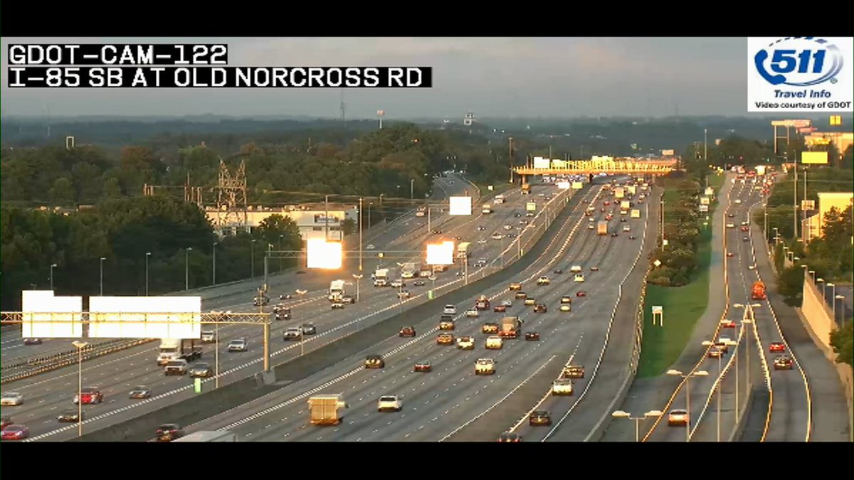 Bright sun reflects off the signs along I-85 out of Gwinnett Co. #MorningRushATL #11alive
