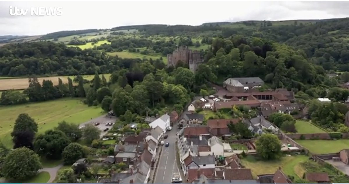 The medieval village trying to survive a modern day pandemic #Dunster #Tourism https://t.co/ty3KfIIwo4 https://t.co/9BjucYpKqd