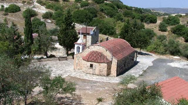 The Churches of Eledio Village.  The new church of Agia Irini in Eledio Village. The ruins of the old Agia Irini Church which was badly damaged by the earthquakes of 1953 and the Church of Saint George built in 2007 on a hill close to Eledio Village. https://t.co/JByQMyCXOA https://t.co/KTdpFd09Mp