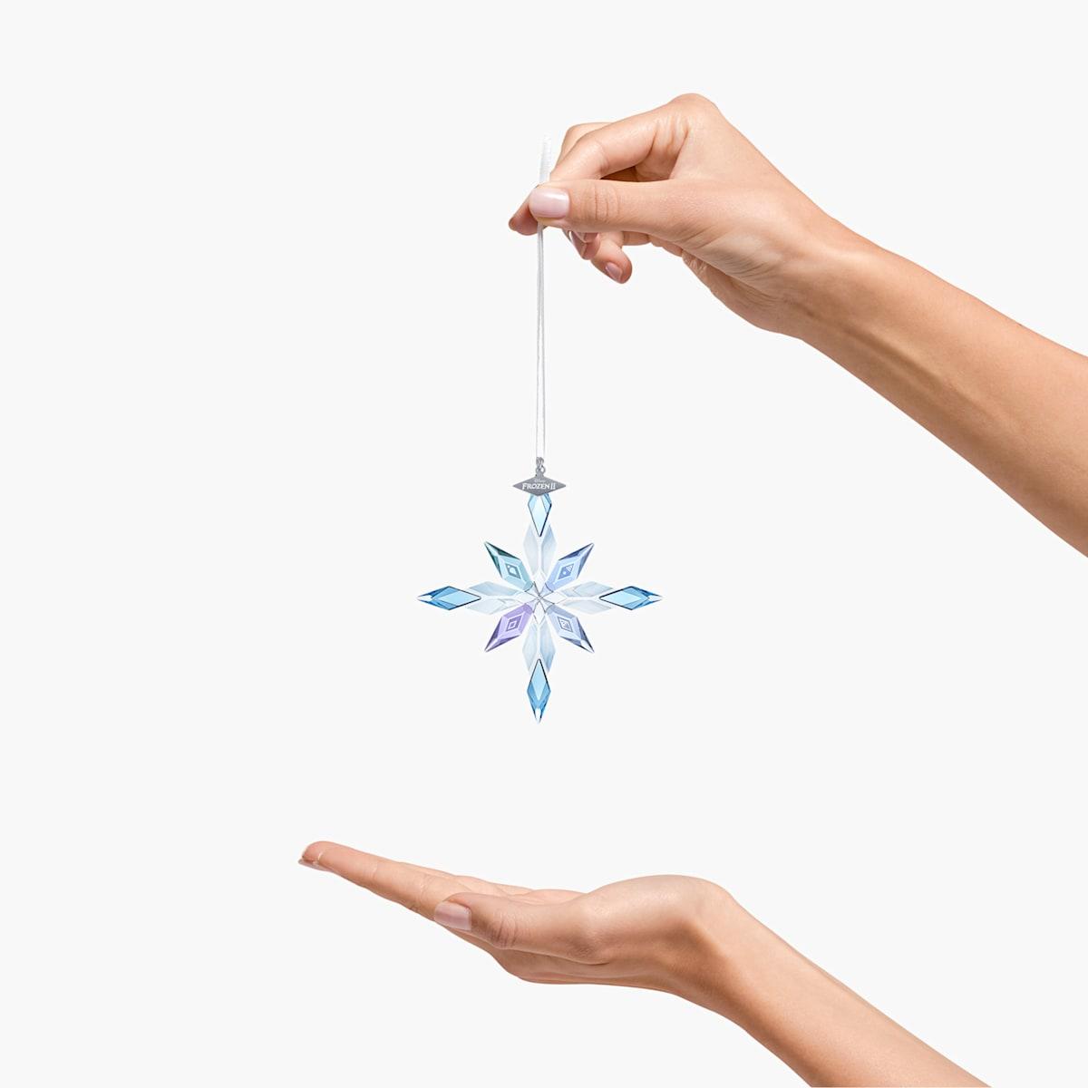 FROZEN 2 SNOWFLAKE ORNAMENT $119.00  https://www. swarovski.com/en-US/p-549273 7/Frozen-2-Snowflake-Ornament/  … <br>http://pic.twitter.com/MXglXxjJ17