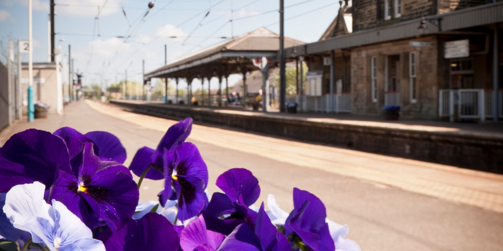 🚉  Take a look at our #BeautifulStations for #FutureInspiration!  📷 Today's photo is #Morpeth. It opened in 1847 and retains its original station buildings designed by Benjamin Green.  #NorthernStations https://t.co/xMmLPdPJib