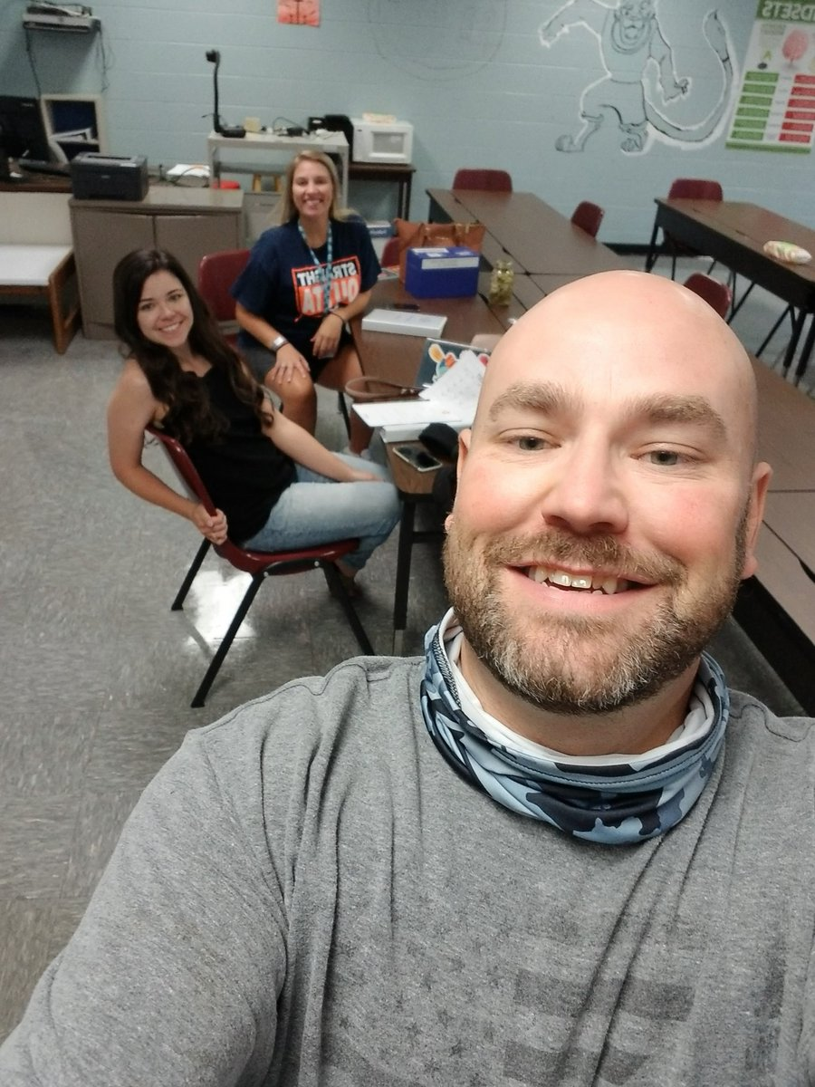 First Algebra 1 meeting of the year, its gonna be a great year! #seizetheday @DCcougarnation @_mrsclements @MaraHopeGash<br>http://pic.twitter.com/ofJqpaK7Lm