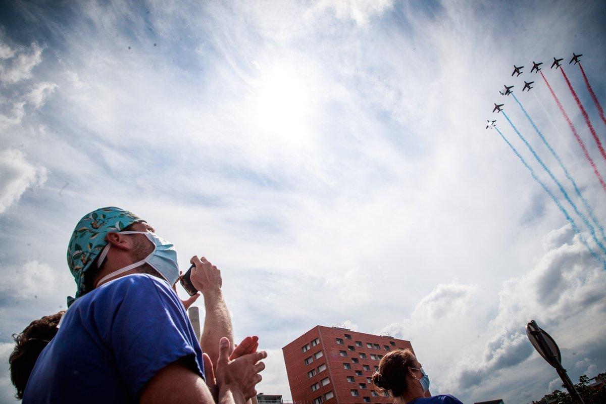 Hommage aux soignants : les horaires de survol de la patrouille de France à #Sarreguemines et #Forbach https://t.co/XeCJQfS6Wf https://t.co/fvtpSOVAvY