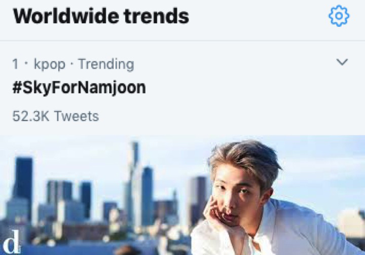 "#SkyForNamjoon is trending at no.1 on Twitter worldwide as #ARMY share the tag and beautiful pics of their sky inspired by #BTS's leader #RM and his #weverse message that ""Sky always gives us the reason to live"" @BTS_twtpic.twitter.com/5EAqMc8pIl"