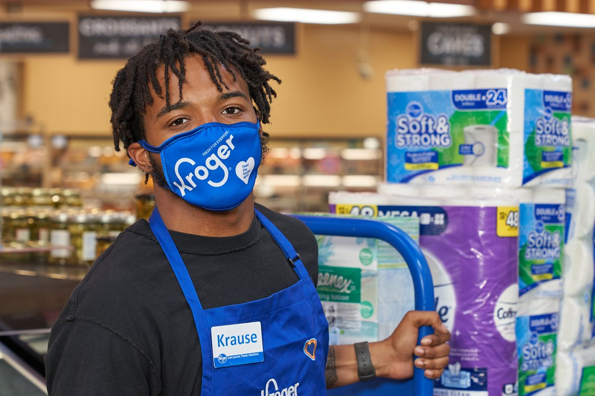 With the increase in #COVID19 cases across the country, we are committed to doing our part to help reduce the spread of the virus. Starting July 22, we will require all customers in all locations to wear a mask, joining our associates who continue to wear masks. https://t.co/r9WPD3QNFa