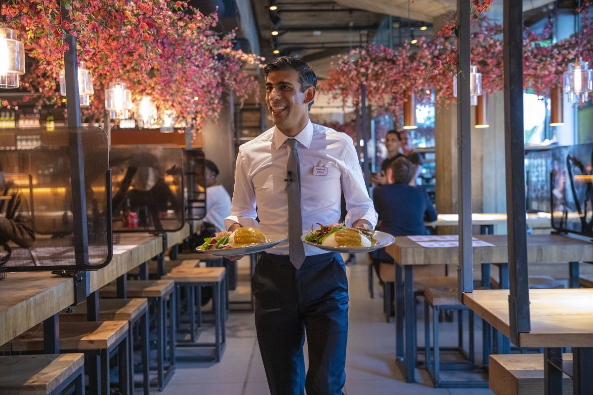 """Rishi Sunak on Twitter: """"Great to pop down to @wagamama_uk after ..."""