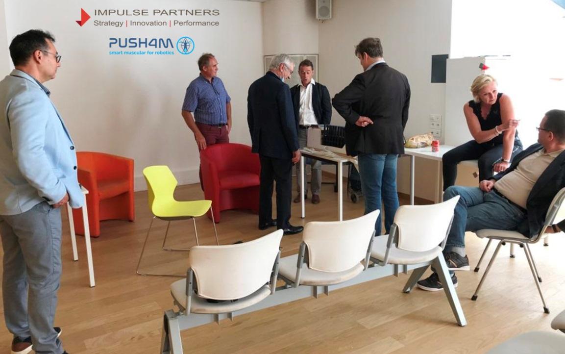 Grosse présentation cet après-midi dans les locaux parisiens de l'#accélérateur @impulse_labs. @Push4mSas présentait la nouvelle version de son composant actif qui imite le muscle humain aux #investisseurs et à des professionnels de la #robotique. https://t.co/1mxhpKxWwV
