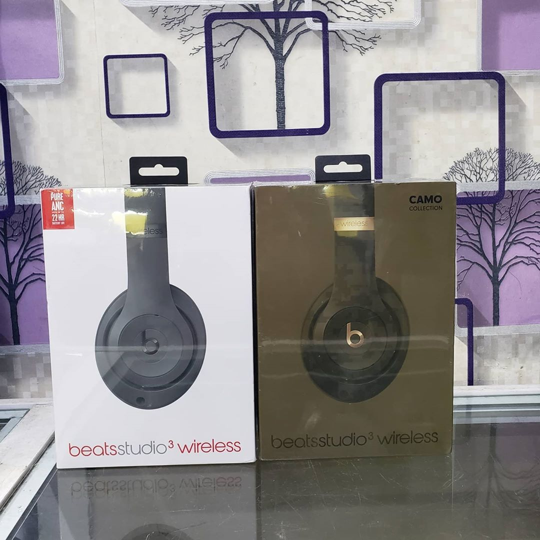 ♦️♦️#Brandnew Studio 3 Wireless (Black Color and Camo Color Available)at 100,000 #Onetimeoffer 🔖💥🏷️🎧 . . . . For more enquiry call or whatsapp 08183820891 #beatsstudio3wireless #beatsbydrestudio #beats #Aimgadgetdeals #referfriends #tagafriend #tellafriend #beatssolo3 https://t.co/YGijUq2bK1