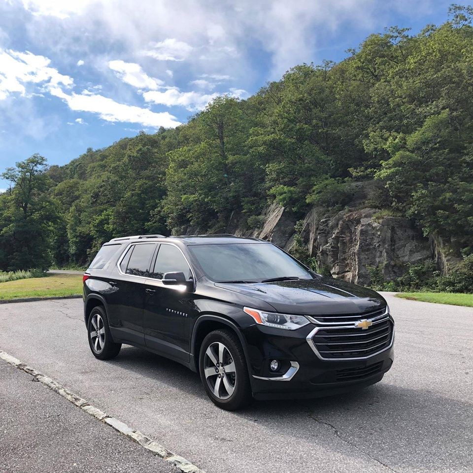 Taking the scenic route to the next level.    #traverse #findnewroads #chevrolet #bowtie #chevyqatar #travel #chevylife #trip #vacation #instatravel #gm #holiday #serpentini_willoughby_hillspic.twitter.com/UVuKdsaUOm