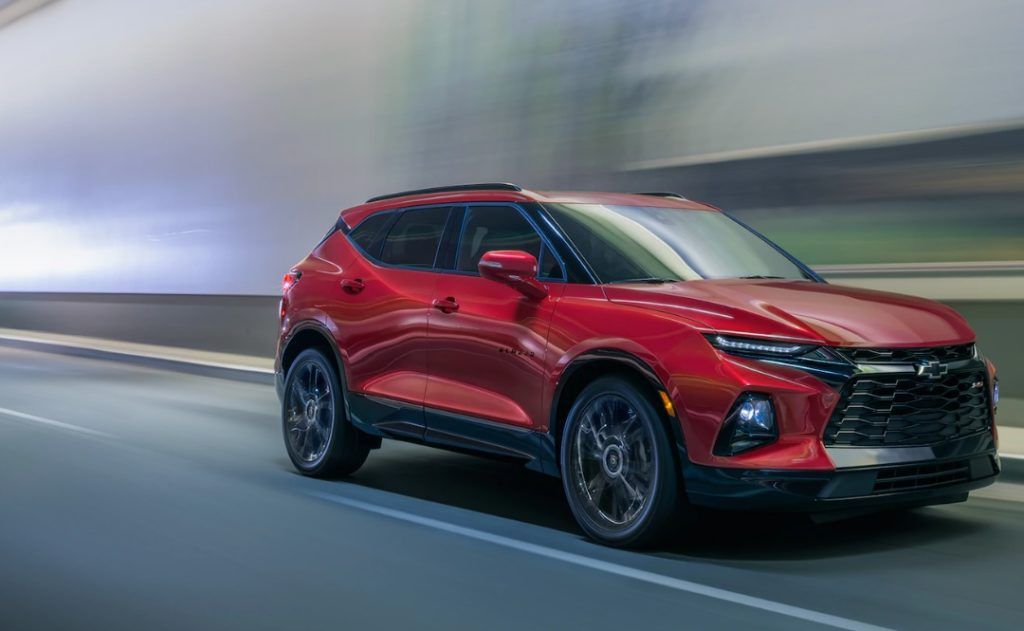 #Chevrolet knows that it takes more than a pleasant ride to stand out in this competitive market. The 2020 #ChevyBlazer provides a hearty engine, upscale interior, and sporty style. Check it out for your next highway adventure! https://t.co/QaXVPwpIRK https://t.co/kyejWUCVuD