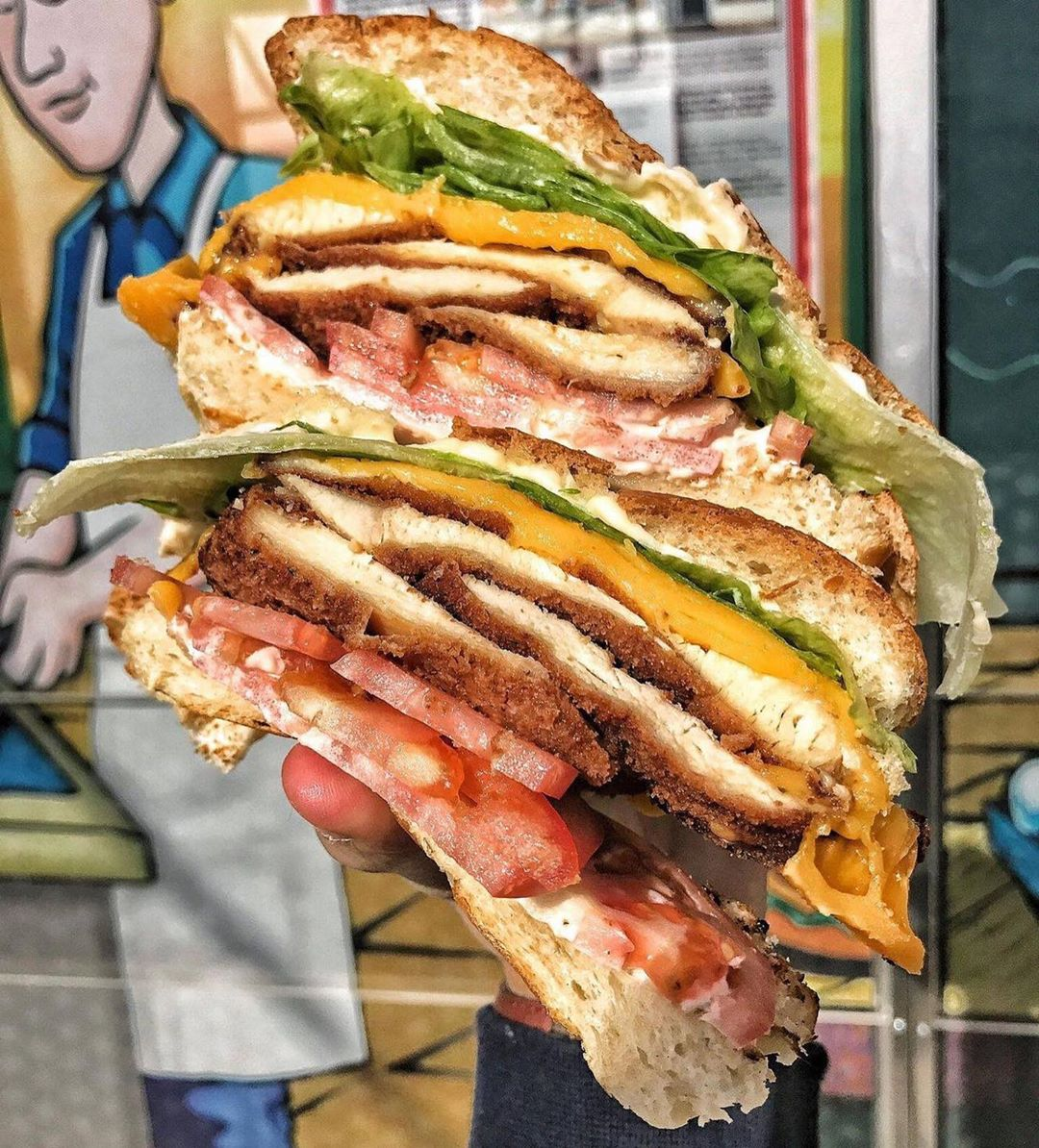 That's a good looking sandwich | 🔁: @thebagelmaster/IG https://t.co/ZwVtDVYrvH