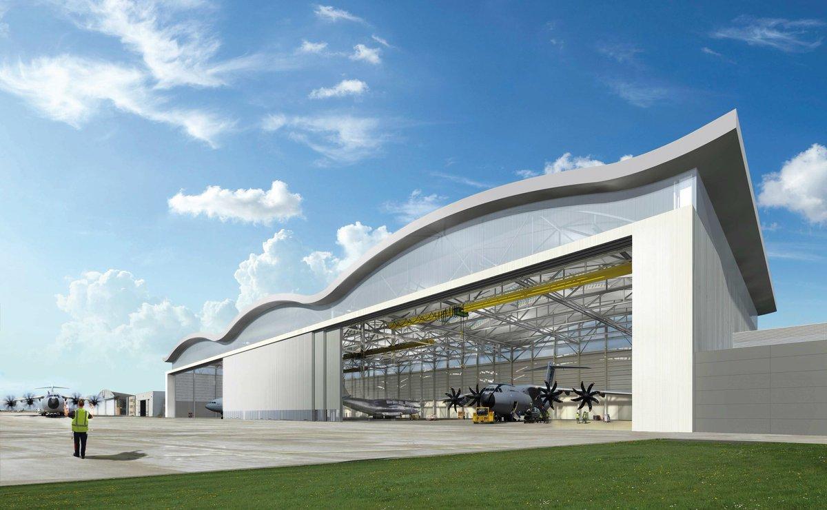Quiconque passe devant l'aéroport militaire de Melsbroek a déjà constaté que les travaux d'infrastructure du hangar #A400M tournent à plein régime https://t.co/lconYhuVok https://t.co/U5EvhRZLxC