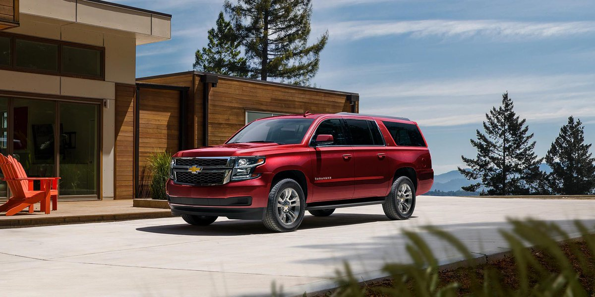 Step up your audio game with the 2020 #Chevy #Suburban LT Trim and its Bose premium 9-speaker system that delivers crisp and clear sound throughout the cabin! #ChevySuburban #Chevrolet #ChevyLife #ChevyCrew #ChevyGang #ChevyLovepic.twitter.com/4lW1JCmyR9