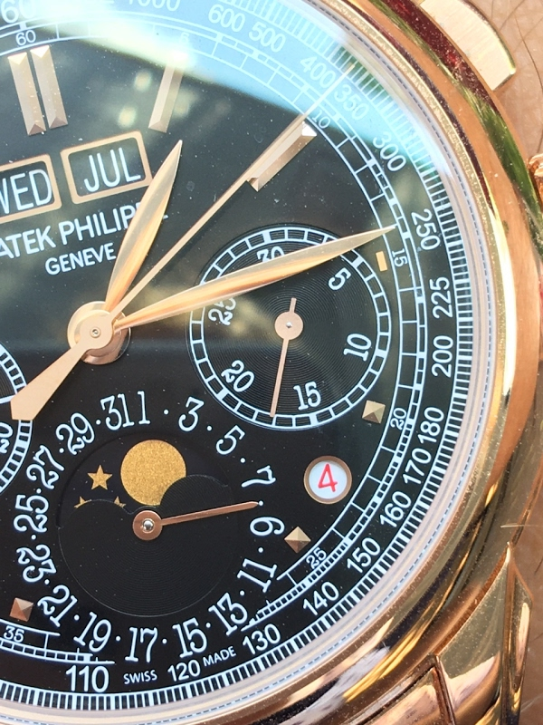Misaligned hand on 5270 chrono sub dial https://t.co/wDCn58OlFJ #PatekPhilippe #patek5270 #grandcomplications https://t.co/yrAcCEAIBv