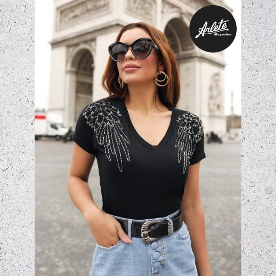 T-shirt bordada asas, para aquelas que gostam de brilho , venha conferir na Arlete Magazine. #arletemagazine #moda #modafeminina #lookdodia #fashion #barretospic.twitter.com/xuUN7PD5jN