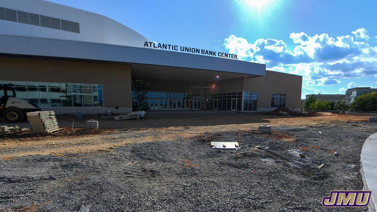 The @Atlantic_Union Bank Center is coming along nicely!   Check out the progress that's been made this summer. ⬇️   📸 | https://t.co/LSPZKuXb01  @SBBCC | #GoDukes https://t.co/GTcdkvvVJo