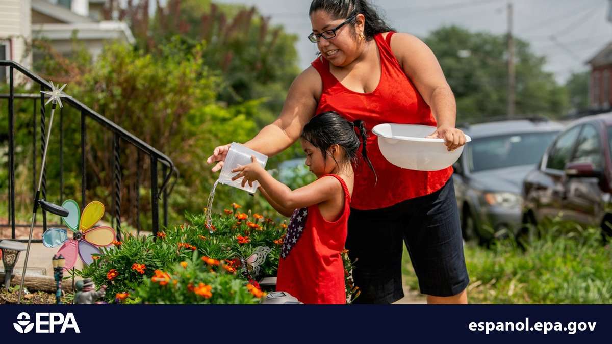 #DYK some people are more vulnerable to the health risks of high temps? Non-English speakers often don't have access to information to help them prepare for extreme heat. EPA has Spanish materials to help Spanish speakers learn how to stay safe & cool. #isladecalor #enespanol https://t.co/IK9PI29XSZ
