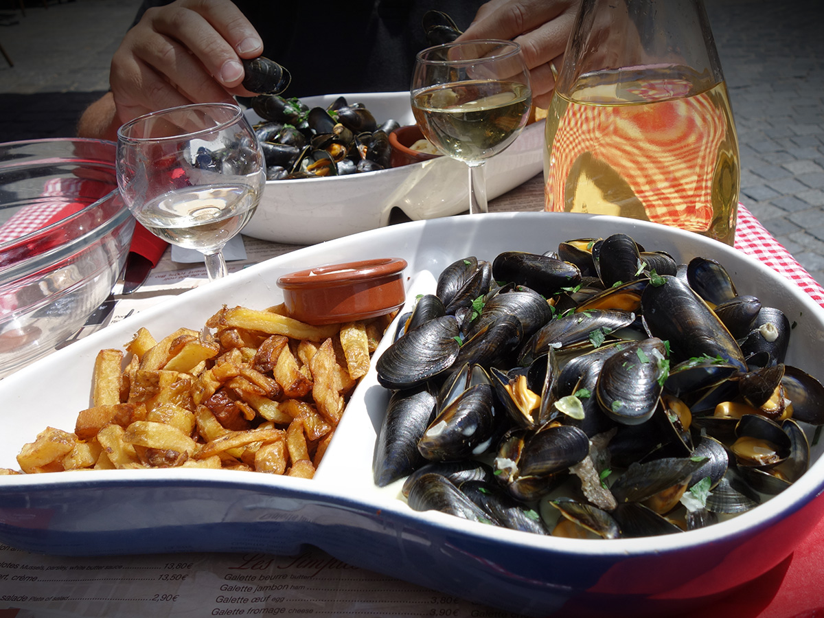 Enfin ! #moulesfrites #Bretagnepic.twitter.com/56SnMvozQV