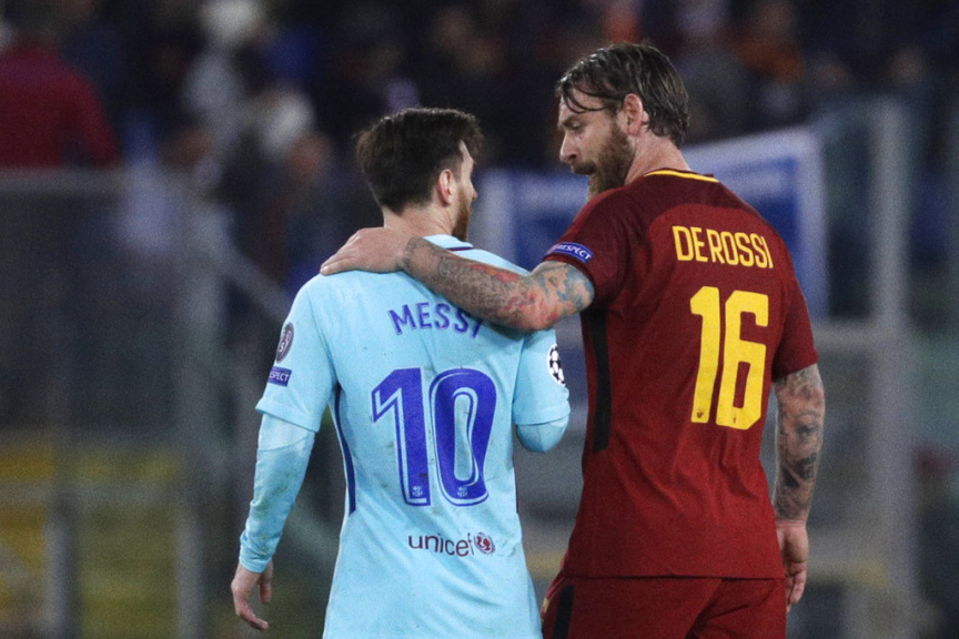 🗣 — Daniele De Rossi: Messi lost 2 Copa finals because of penalties, and I am WC winner because of penalties. In Argentina he is cold, and in Italy Im a hero. What is the difference? 5 cm! I would like to remind you that he carries the whole team on his back.
