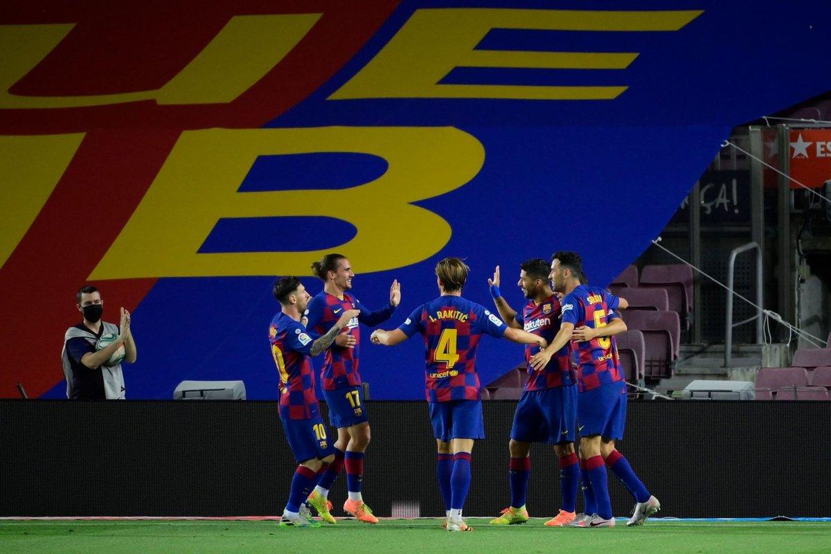 FIM DE JOGO!  Barcelona 1x0 Espanyol.  ⚽ Suárez. https://t.co/QCHUmCrlJk
