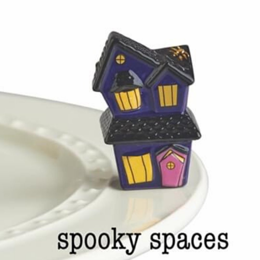 Come in to see what's NEW from nora fleming. Order your  Spooky Spaces Halloweeen mini's. SUMMER HOURS SHOP TUESDAY THRU SATURDAY 10 AM - 5 PM  #norafleming #minis #supportlocal #shopsmall #wavgen https://t.co/iU9MrWRz7R