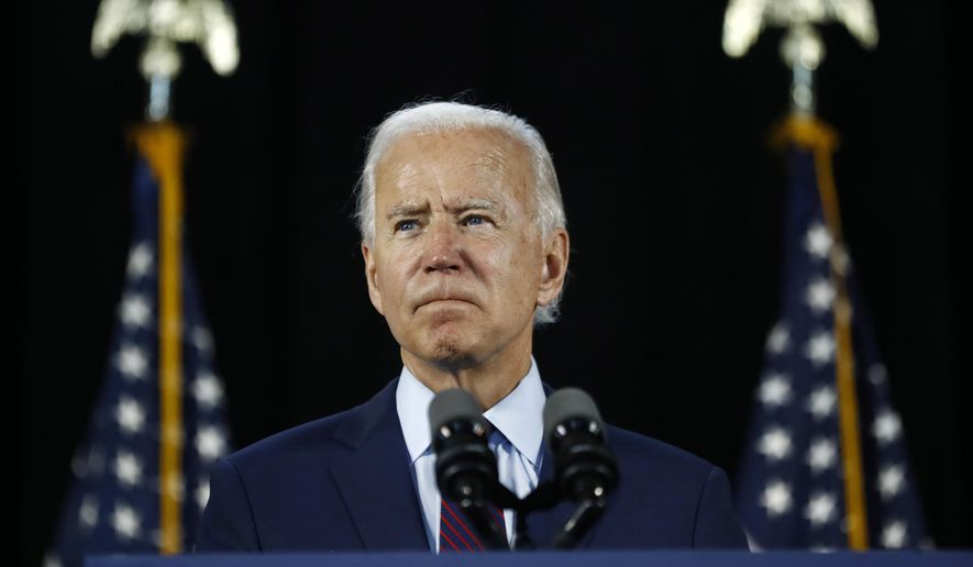 BREAKING: Biden immigration plan grants citizenship to 11 million illegal immigrants  https://www. washingtontimes.com/news/2020/jul/ 8/joe-biden-immigration-plan-grants-citizenship-11-m/   … <br>http://pic.twitter.com/bd35hJtZEU
