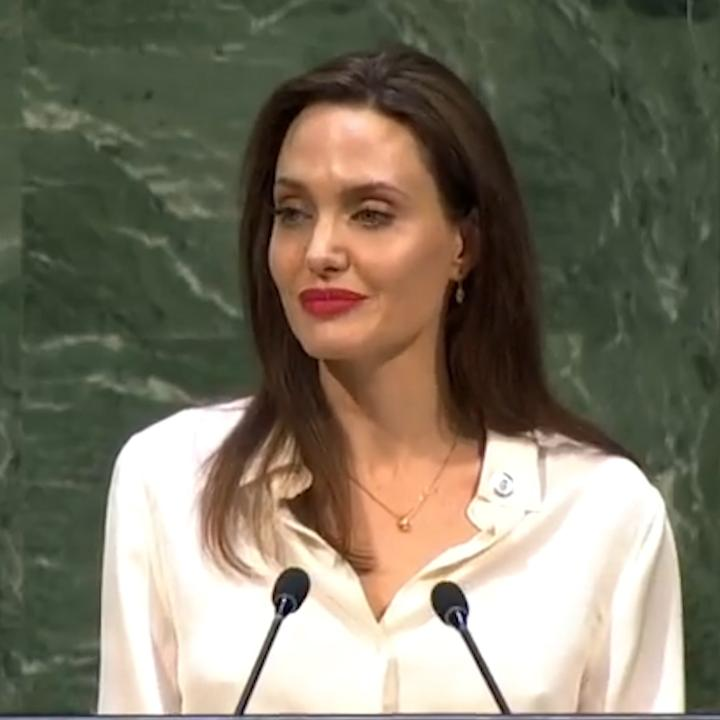 What's the secret to world peace? Hear what Angelina Jolie has to say: https://t.co/nxGz0n7pBN