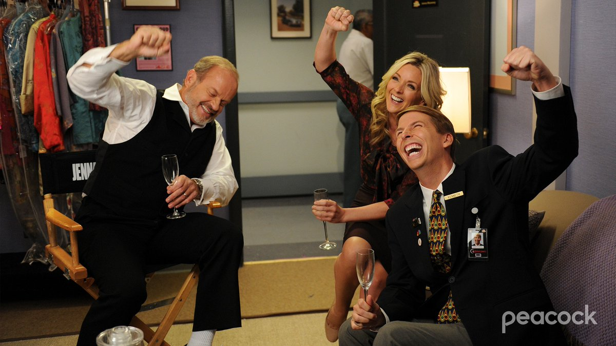 What are Jenna, Kenneth, and Kelsey Grammer celebrating? Wrong answers only. 🍾 https://t.co/YrO5ZMhlpt