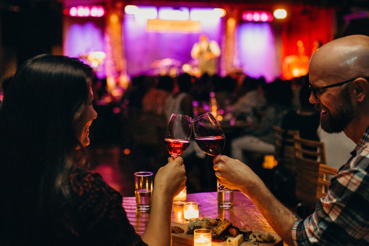 Cheers to #wineclubperks! In addition to world-class wines, City Winery Wine Club members enjoy free show tickets, exclusive discounts, complimentary wine tastings, and so much more! Sign up now  - last chance to claim your free @RiedelUSA  wine glasses: https://t.co/Tz7B6zw6AO https://t.co/IuCS2yz3s2