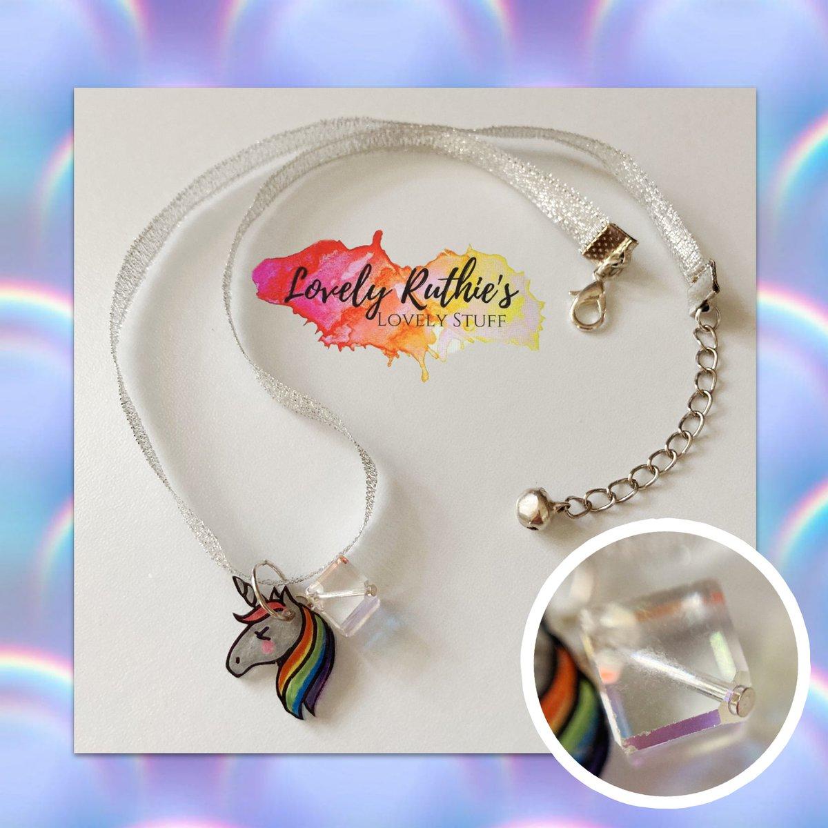 A magical #MidweekMakes! #Rainbow #Crystal #Unicorn #Glitter #necklace http://etsy.me/3ecgGhG via @Etsypic.twitter.com/Q6qovULG3q